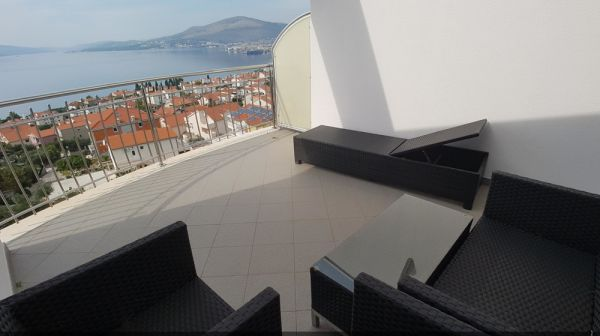 Penthouse in Croatia on the island of Ciovo for sale.