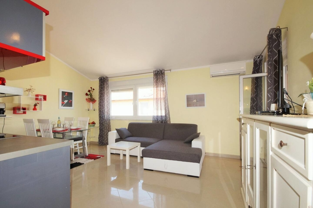Modern furnished and air-conditioned living room of property A1245.