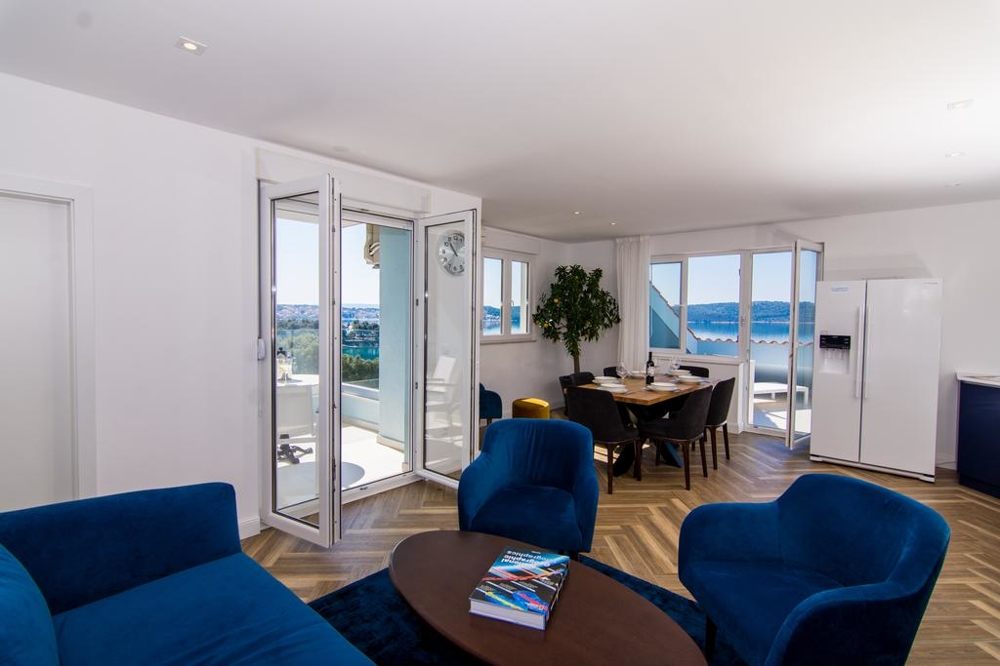 Buy furnished apartment in Trogir - Panorama Scouting.
