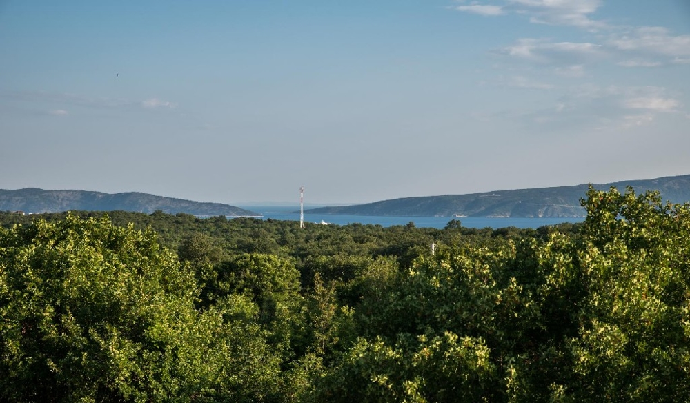 Modern real estate on the island of Krk in Croatia for sale - Panorama Scouting GmbH.