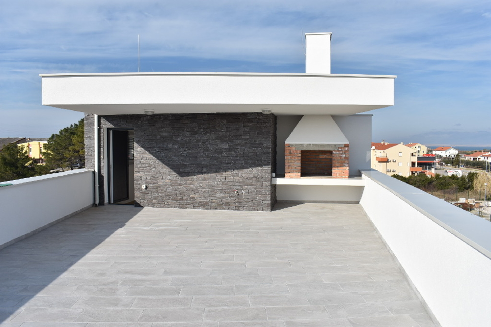 Buy apartment with private roof terrace with barbecue grill - panorama scouting real estate croatia.