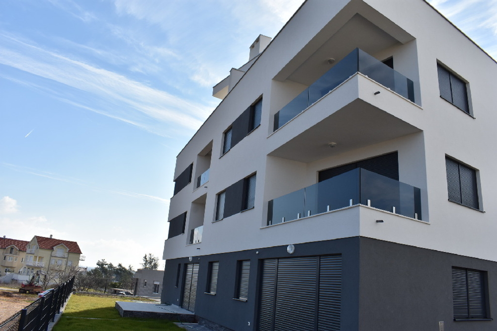 Modern apartment with roof terrace and sea view in Croatia for sale - A1528 in Nin, Zadar region.