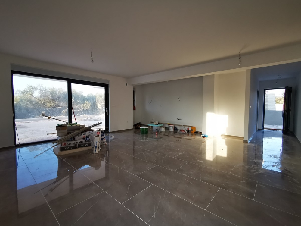 High quality living room of the new apartment A1541 on the island of Ciovo in Croatia - Panorama Scouting GmbH.
