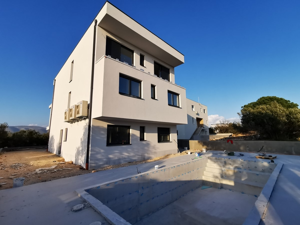 Apartments with swimming pool (use) in Croatia - Panorama Scouting GmbH.