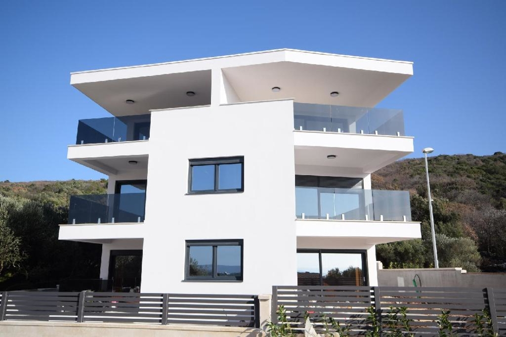 Duplex apartment in Punat on the island of Krk in a new building for sale - Panorama Scouting GmbH.