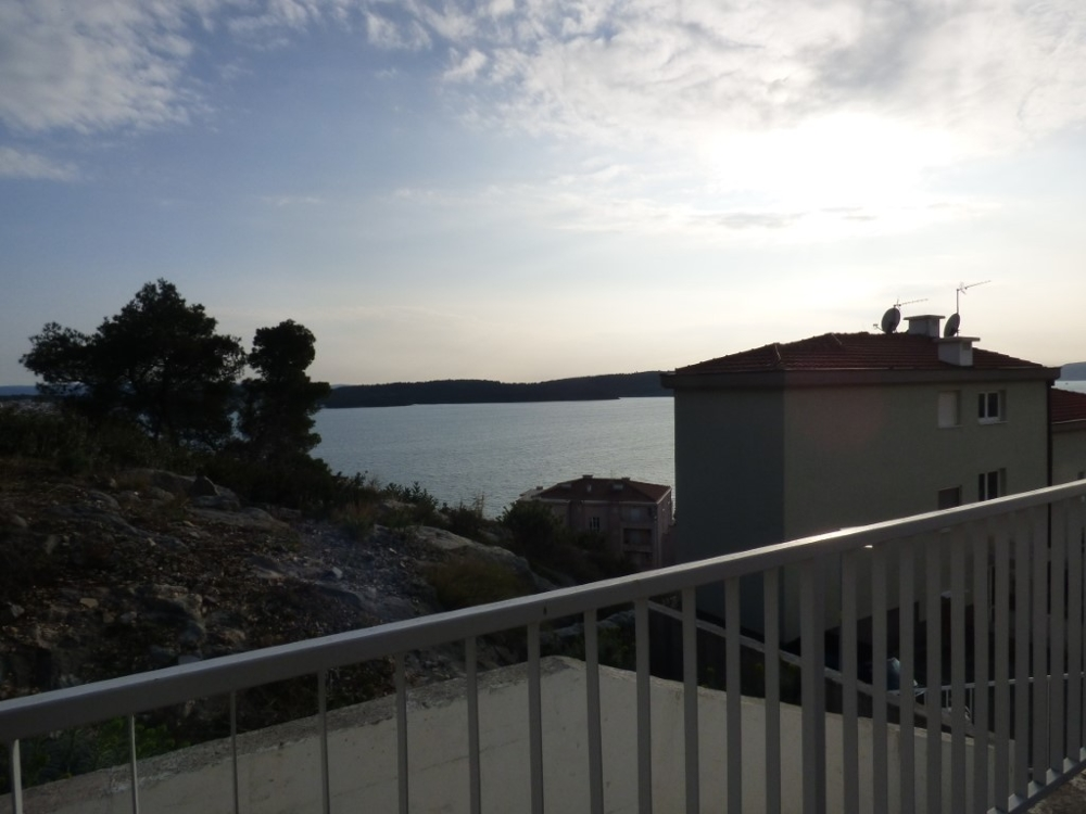 Buy an apartment in Croatia - Trogir region in Dalmatia - Panorama Scouting.