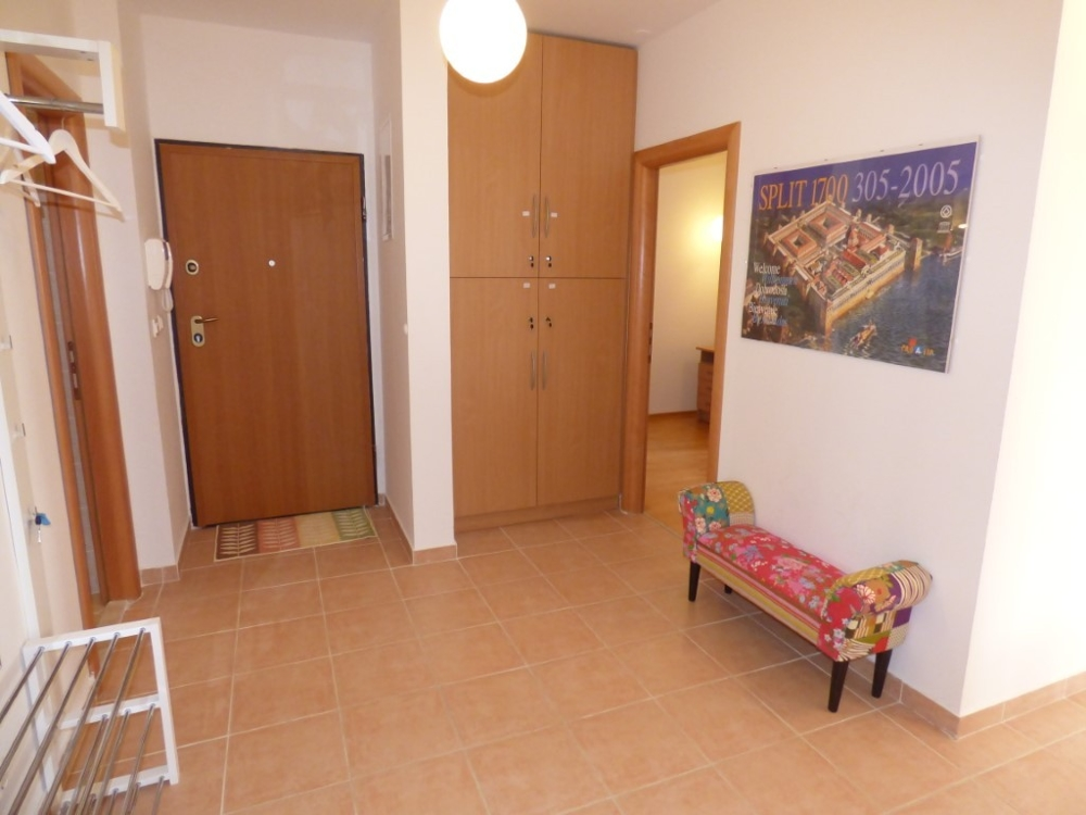 Corridor and entrance area of ​​apartment A1549, Ciovo.