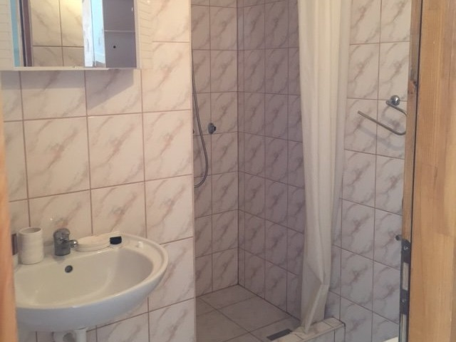 The second bathroom of property A1658 in Croatia, Peljesac.