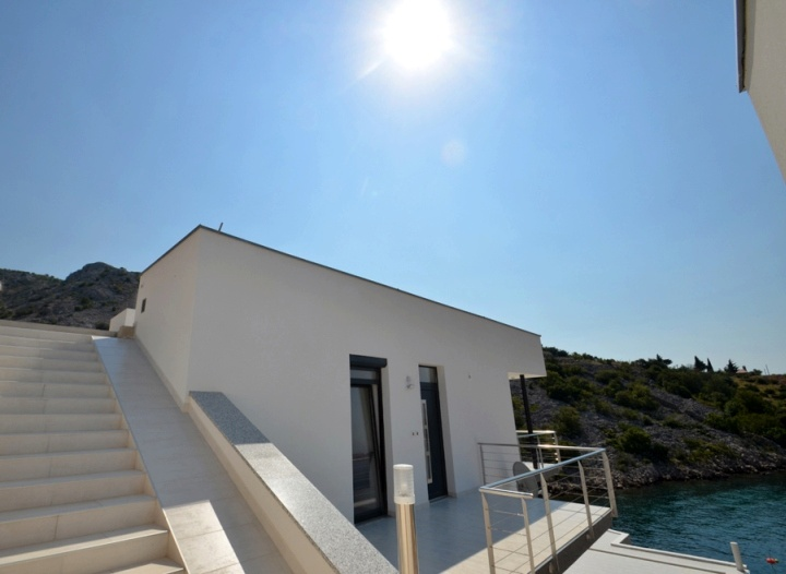 Real Estate Croatia - Buy high quality apartments by the sea.