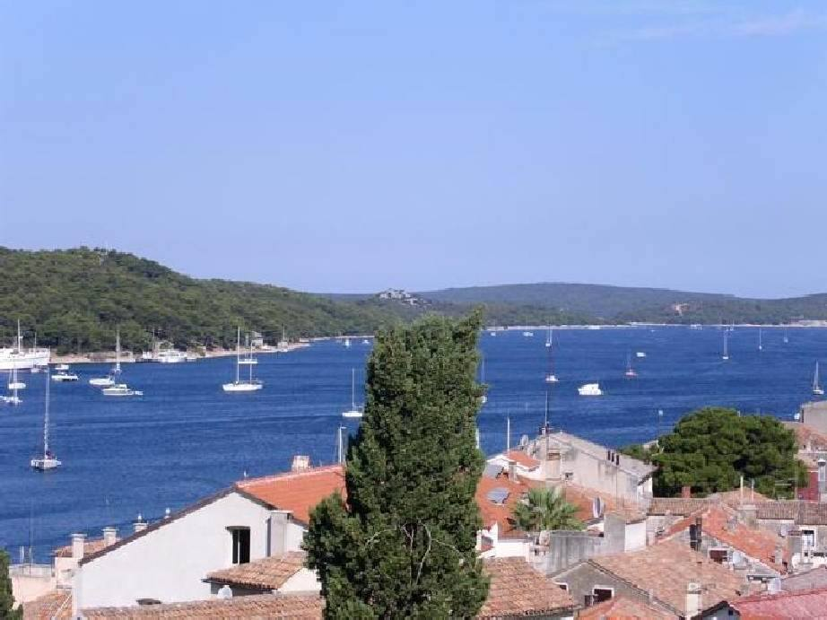 Property Croatia: Old Town House in Mali Losinj overlooking the sea, bay and Marina. Panorama Scouting - Estate Agents Croatia
