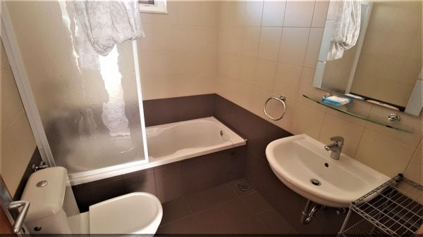 Bathroom of the property H1004 in Primosten.
