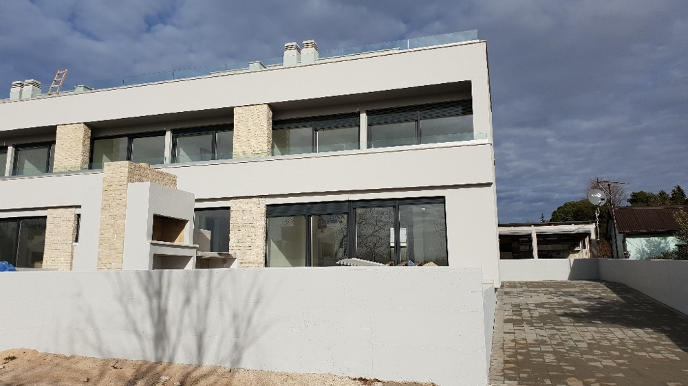 Terraced house in Novigrad in Istria, Croatia for sale.