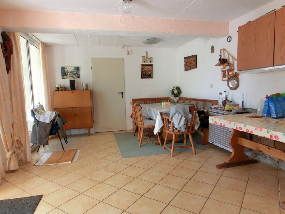 Entrance area on the ground floor of the house near Pirovac.