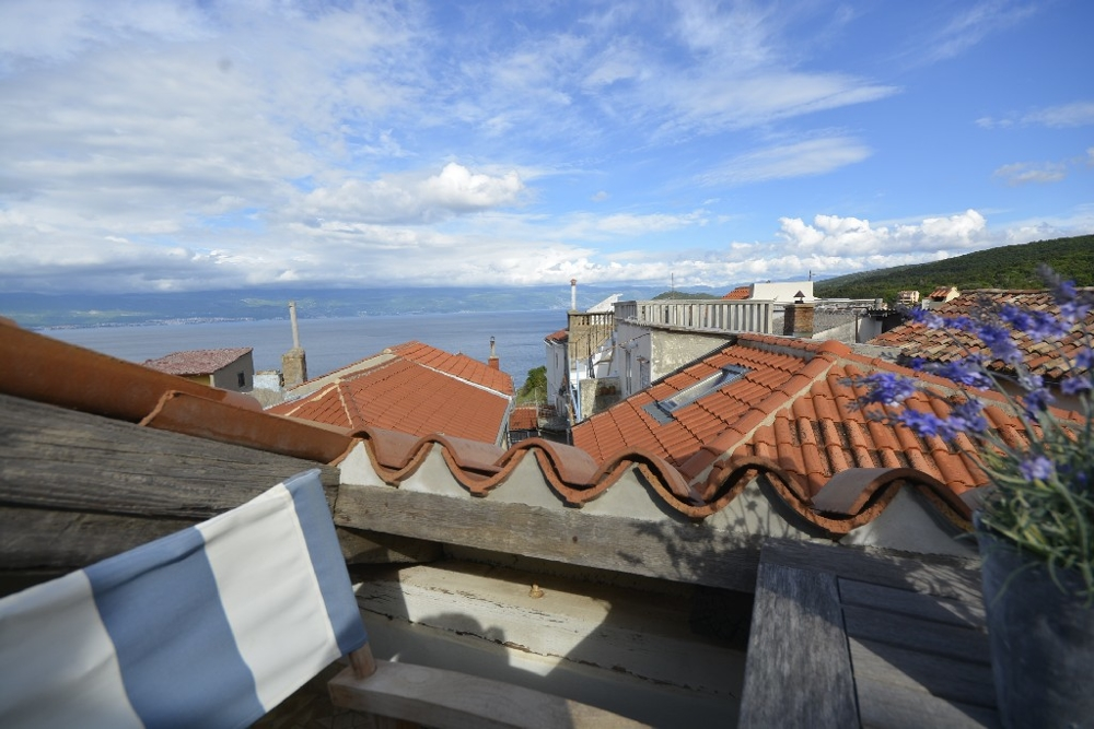 Renovated stone house in Croatia on the island of Krk in Vrbnik for sale.