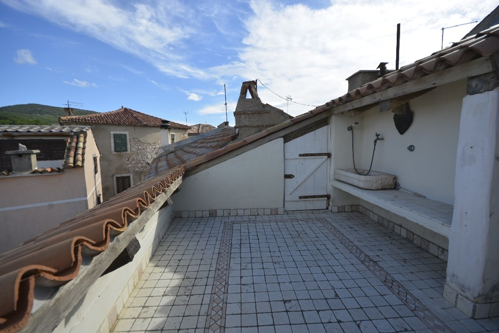 Roof terrace with sea view of the property H1172 on Krk in Croatia.
