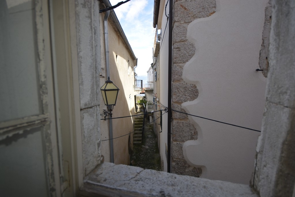 View into the streets of Vrbnik.