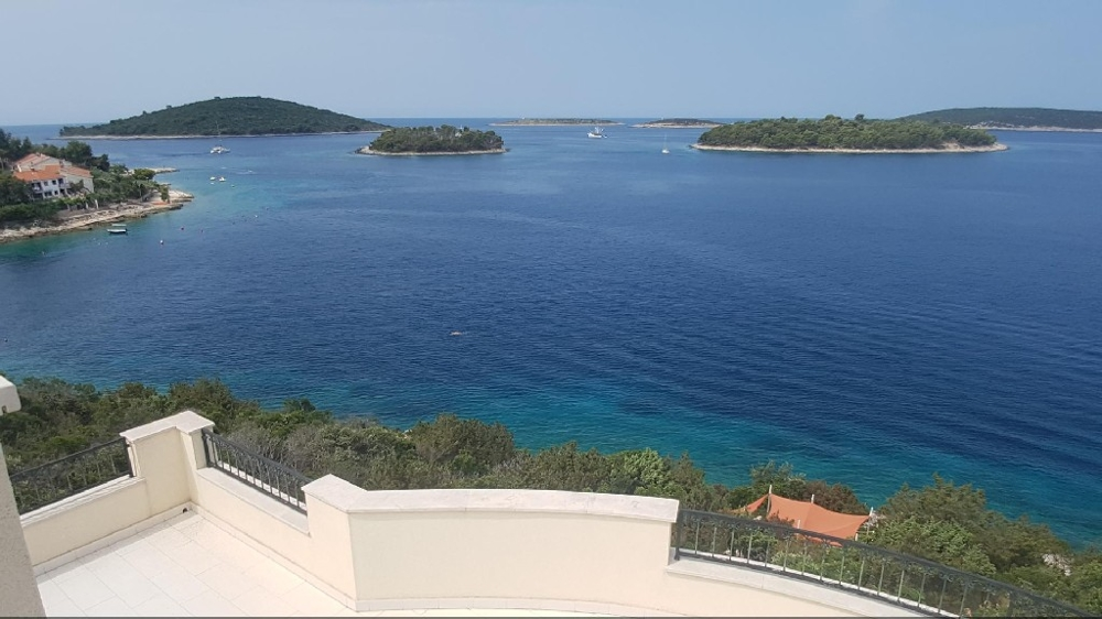 Another picture from the balcony on the sea right next to the villa on the island of Solta.