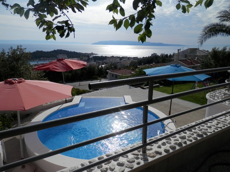 House in Makarska, Dalmatia for sale.
