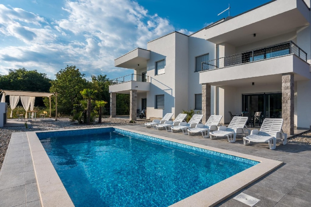 Villa for sale on the island of Krk in Croatia - Panorama Scouting GmbH.