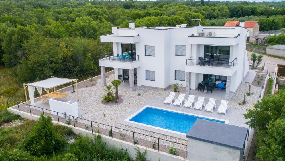 Buy a new villa in the north of Croatia - Panorama Scouting GmbH.
