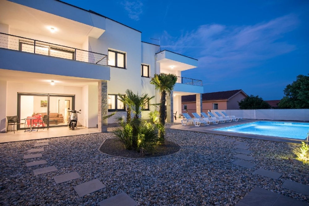 Modern villa with swimming pool on the island of Krk for sale.