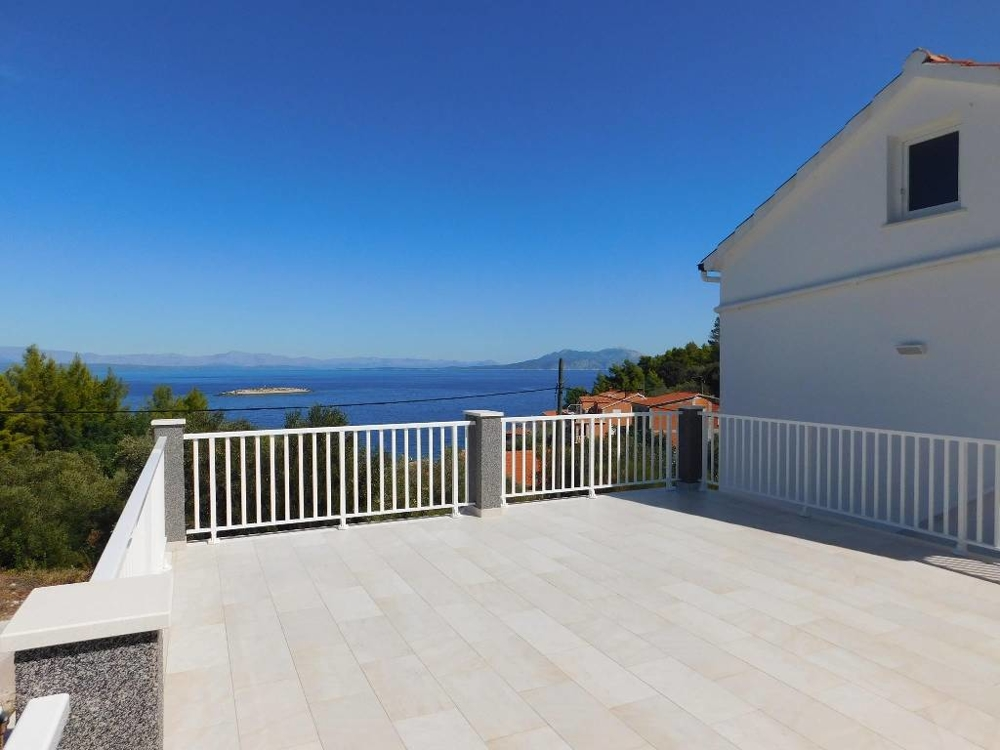 House with several apartments in Croatia on Korcula for sale.