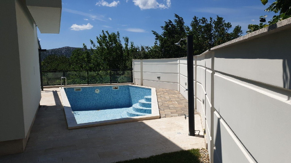 View of the outdoor area with swimming pool of Villa H1432, Crikvenica region, Kvarner Bay.