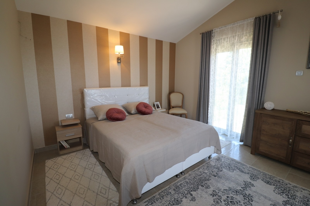 Comfortable bedroom of property H1498 in Istria.