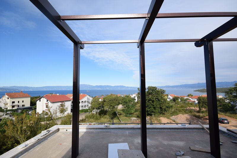 Buy a semi-detached house with beautiful sea view on the island of Krk in Croatia - Panorama Scouting Immobilien.