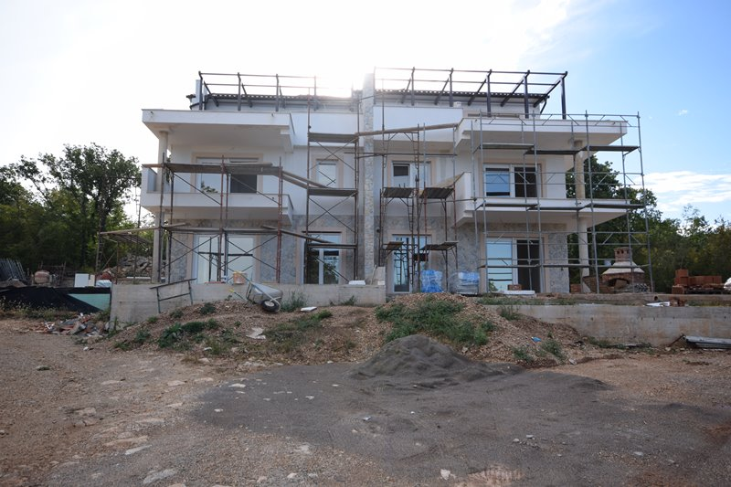 Mediterranean newly built semi-detached house in Njivice on the island of Krk for sale - Panorama Scouting Immobilien.