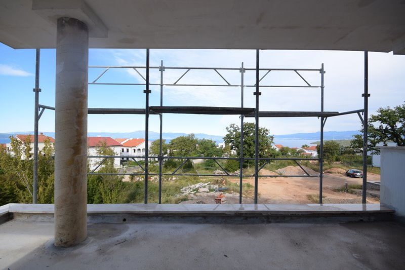 Sea view from the ground floor of the house H1675 in Njivice on the island of Krk in Croatia - Panorama Scouting.