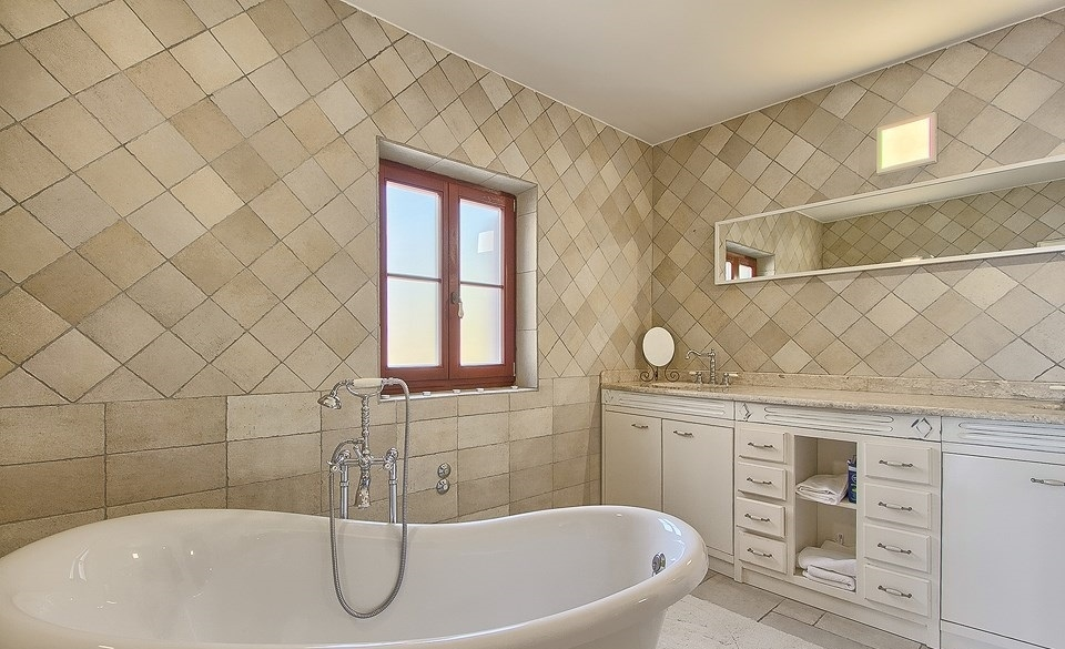 Bathroom of Villa H325 at Starigrad Paklenica in Dalmatia, Croatia.