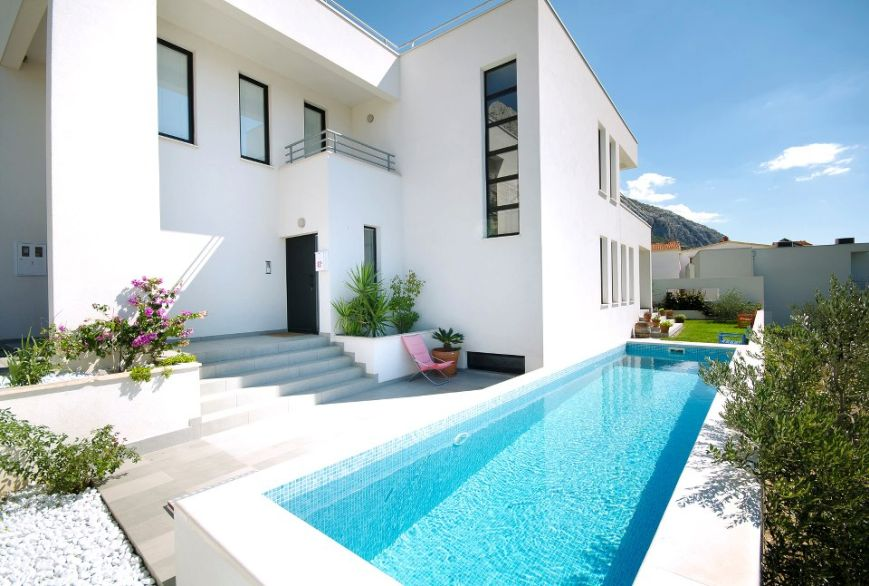 For Sale: Modern villa near Makarska with panoramic sea views.