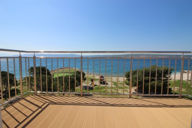 Properties in Croatia - Apartments for sale on the seafront.