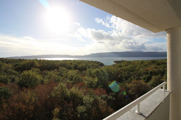 Attractive apartment on the island of Krk for sale in Croatia