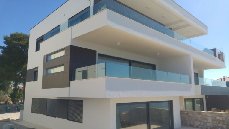 Luxury apartments for sale near Zadar, directly by the sea. Panorama Scouting