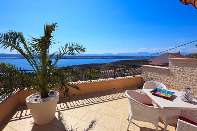 House with swimming pool for sale in Croatia, Crikvenica