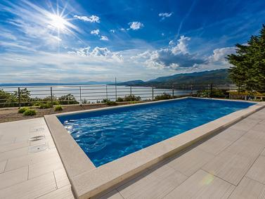 We offer houses and villas in Croatia in all price ranges.